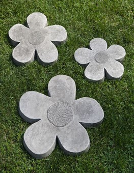 E-111-Flower-Stepping-Stone-Set-2-1